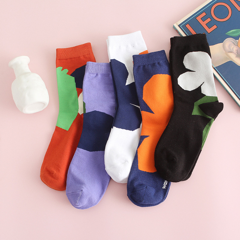 2020 New Socks Korean Cotton Abstract Fun Flower Cartoon Socks Female Tide Socks Personality Female Socks
