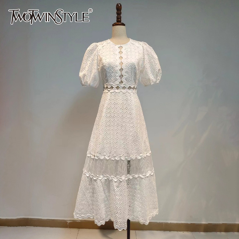 TWOTWINSTYLE Patchwork Lace White Dress For Women O Neck Puff Short Sleeve High Waist Elegant Dresses Female Fashion New Style
