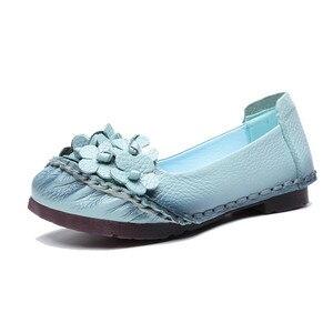 Image 3 - BEYARNE2019 لينة جلد طبيعي حذاء مسطح المرأة الشقق مع الزهور السيدات أحذية النساء المصممين المتسكعون زلة OnE865