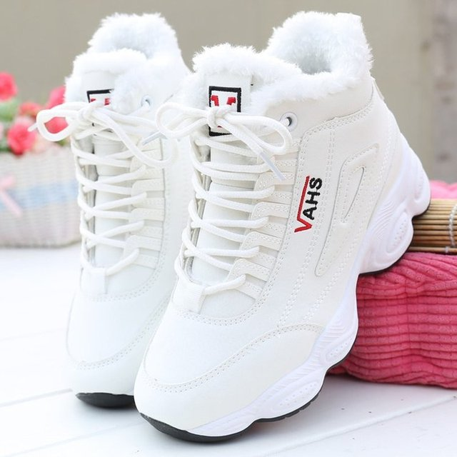 2020 New Autumn Sneakers Woman Vulcanized Shoes Suede Female PU Leather Outdoor Lace-Up Plus Hair Thicken Sneakers Women