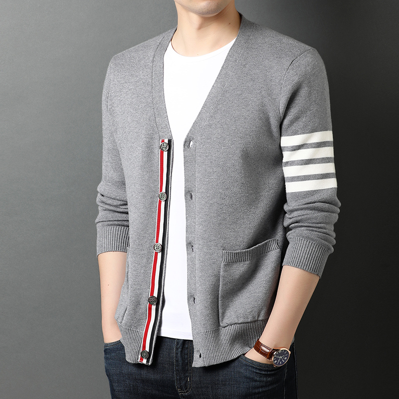 Top Grade New Autum Winter Brand Fashion Knitted Men Cardigan Sweater Black Korean Casual Coats Jacket Mens Clothing 2021 4