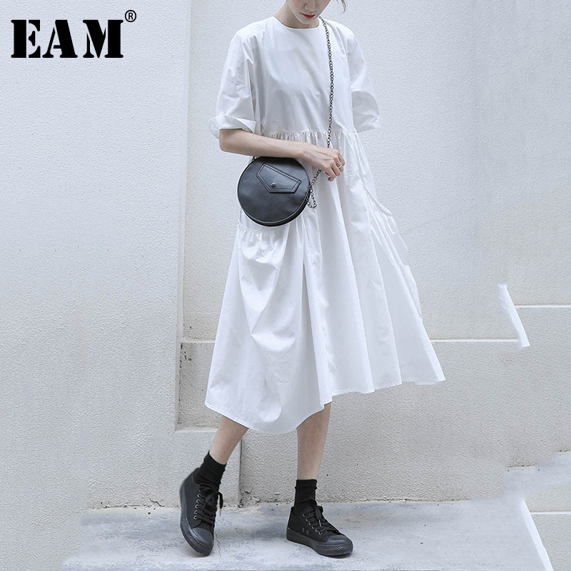 [EAM] Women White Pocket Split Pleated Midi Dress New Round Neck Half Sleeve Loose Fit Fashion Tide Spring Autumn 2020 1N623