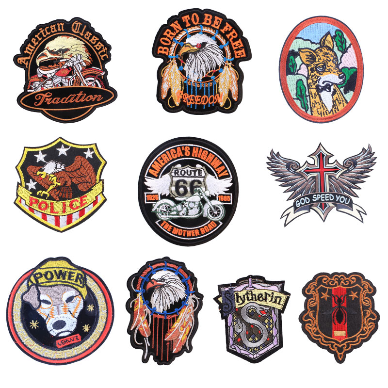 Animal Badge Patches for Clothing Iron on Embroider Sew Applique Eagle Wolf Dog Cat snake Apparel Patch Accessories Decoration in Patches from Home Garden