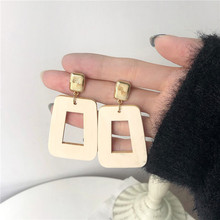 2020 New Korean Vintage Earrings For Women Gold Simple Big Geometric Wood Hanging Dangle Earrings Fashion Jewelry 2020 new korean vintage earrings for women geometric triangle earrings simple gold girl earrings fashion jewelry