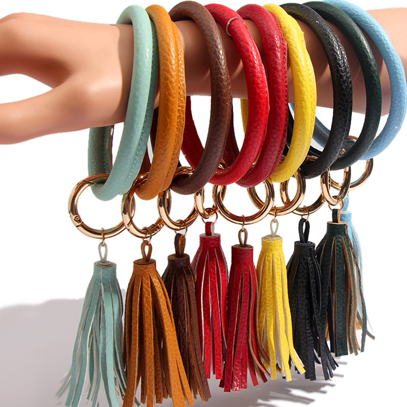 JUST FEEL PU Leather O Keychain Custom Circle Colorful Tassel Wristlet Fashion Keychains Women Girl Key Ring Wrist Strap Jewelry