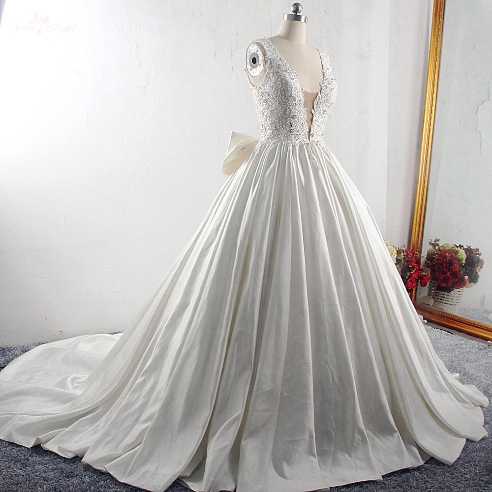 Image 3 - RSW1533 Princess Ball Gown Wedding Dresses 2019 Big Bow Back V Neck Applique Chapel Train Satin Vintage Bridal GownWedding Dresses   -
