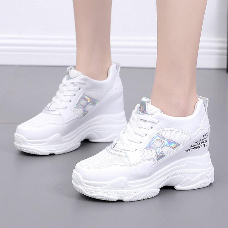 Taille 35-50 belle Pop Bling lettre R chaussures femme Heigh augmentant talons été femmes espadrilles décontractées collège filles Cool chaussures