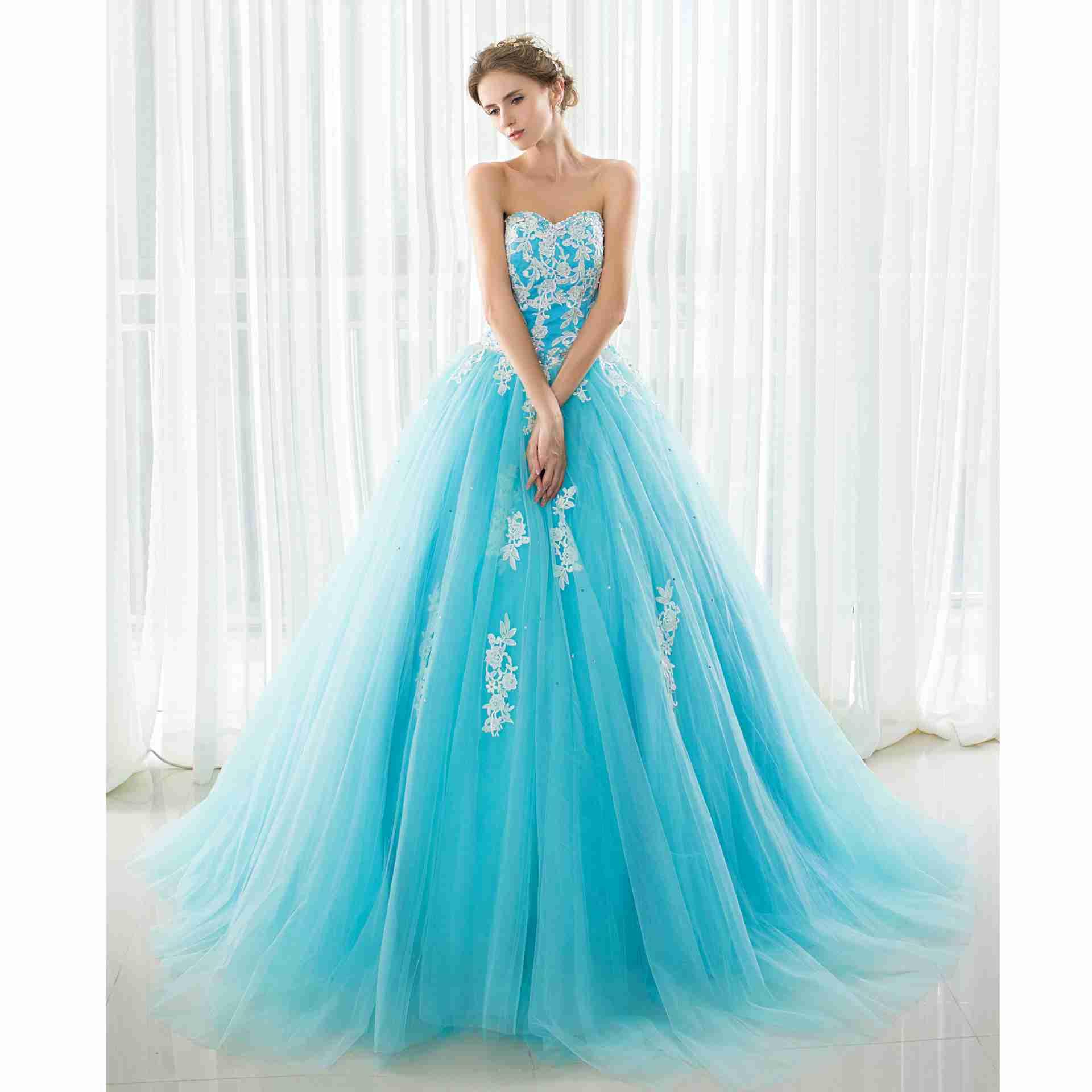 Robe de bal bleu clair robes de Quinceanera longue perlée strass appliques robes de bal dos nu à lacets robes Graduaton