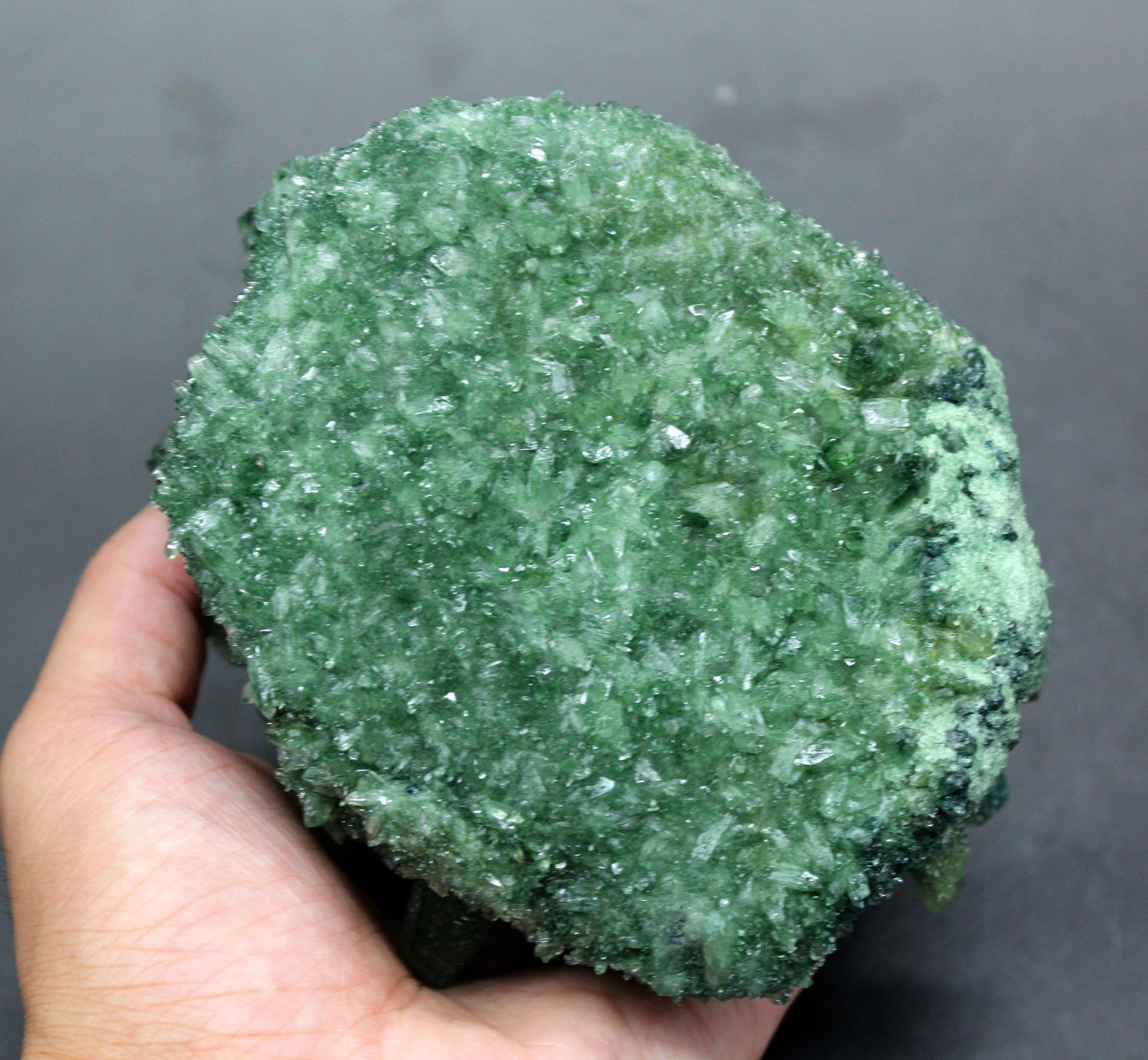 945g naturalny zielony duch Phantom kwarcowy bryła kryształowa kryształy i kamienie uzdrowienie próbki dekoracji darmowa prezent drewniana podstawa