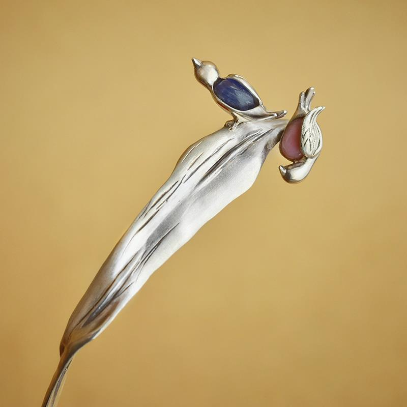 Unique and creative summer specific waterfowl ethnic style hairpin elegant step by  exquisite ladies silver jewelry