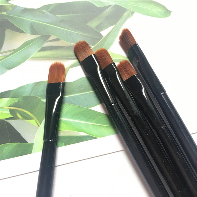 1/2/5PCS Lip Eyebrow Brush Beauty Round Makeup Brush Smudge Eye Shadow Concealer Brush Eyebrow Comb Makeup Accessories 2
