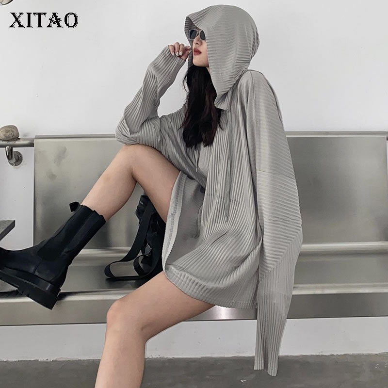 XITAO Solid Pullover Hoodie Women 2020 Autumn Casual Fashion New Style Temperament All Match Hooded Collar Women Clothes ZP2455 1