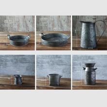רטרו בציר ברזל מגש מיכל יכול צלחת אגרטל קישוטי כפרי סגנון עדיין חיים, מזון אבזרי צילום