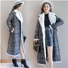 Classic coat Plaid woolen coats female 2019 New Winter warm jacket Korean Lamb ladies coats Double-breasted long wool coat tide(China)