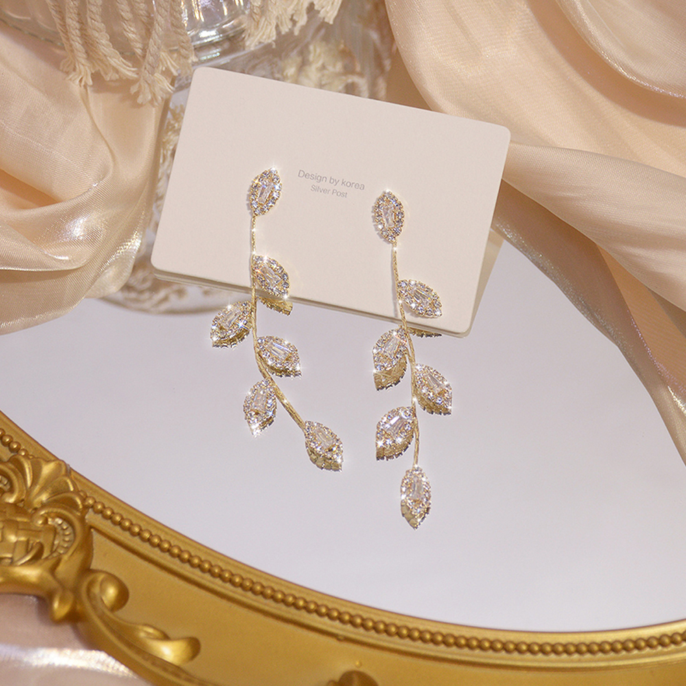 Hot sale luxury 14K real gold plated leaf long tassel earrings, exquisite micro-inlaid cubic zircon earrings, wedding jewelry