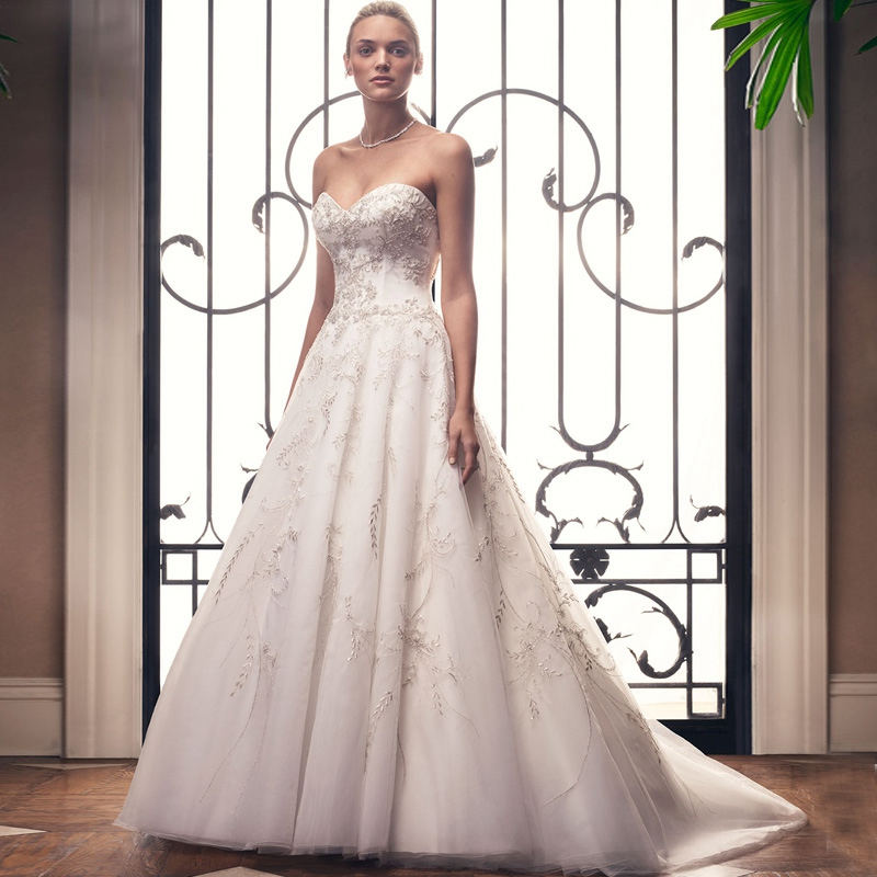 KOMGGMO Lace Appliques Satin Strapless A-Line Wedding Dress Elegant Backless Wedding Party Evening Bridal Gown
