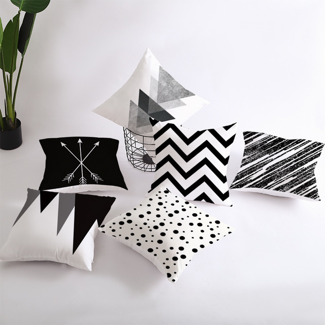 Geometric Patterned Black and White Cushion Cover 5