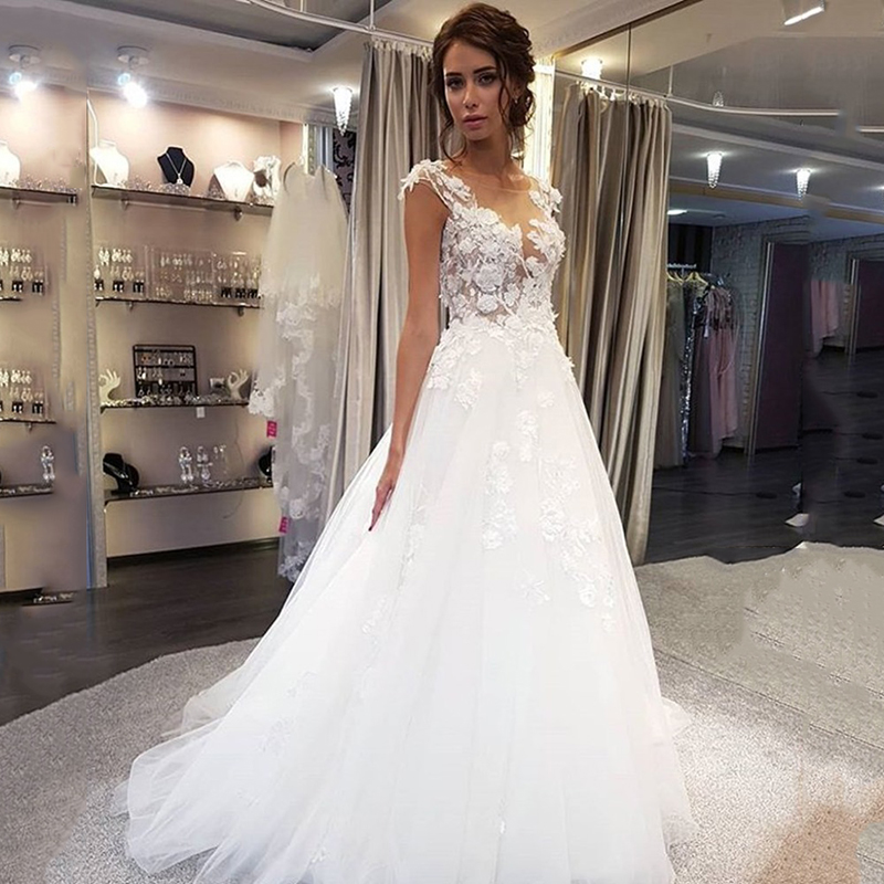 Eightree Scoop Wedding Dresses Lace Applique A Line Sweep Train Bridal Gown Dress Cap Sleeve Illusion Vestido De Noiva Backless