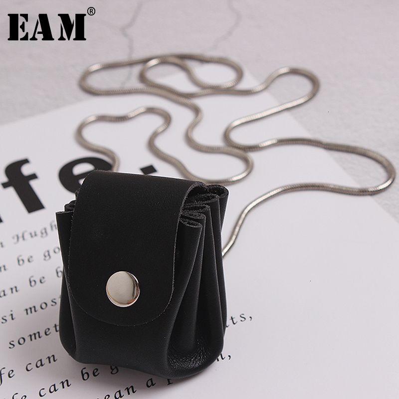 [EAM]  Women Black Mini-bag Split Chain Long Necklace New Temperament Fashion Tide All-match Spring Autumn 2020 19A-a498