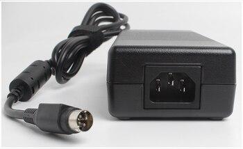 12 v 12.5a 4pin 150W dc адаптер питания EU/UK/US/AU Универсальный 12 вольт 12,5 amp 12500ma 4pin Вход 100-240v трансформатор питания