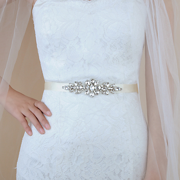 TRiXY S45 Exquisite Bridal Belt Silver Diamond Crystal Beaded Applique Sparkly Rhinestones Sashes