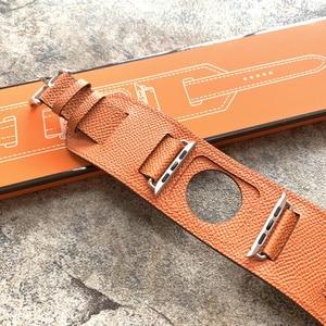 Image 5 - יוקרה קלאסי קאף צמיד חגורה עבור אפל שעון 42mm 38mm להקת אמיתי עור רצועת עבור iWatch 40mm 44mm להקת סדרת 5 4 3 2