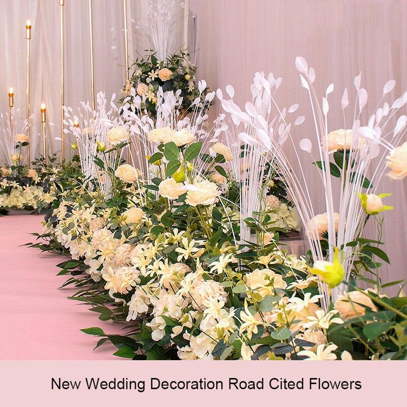 Nouvelle route de mariage cité fleur rangée avec mousse Base soie fleur décoration de mariage fond arc fleur mur étape pré-fonction