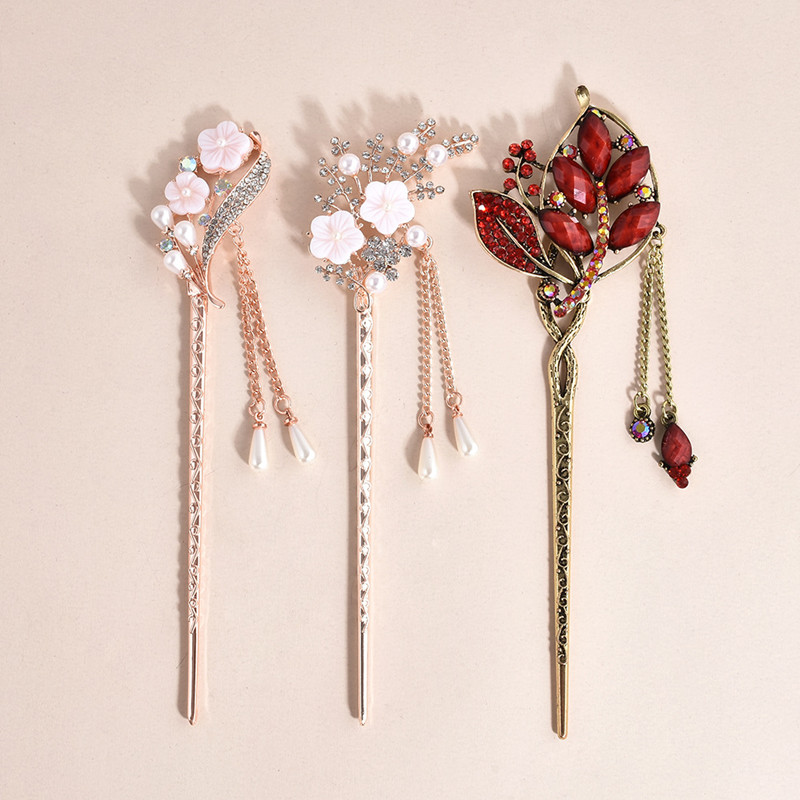 Vintage Chinese Style Hair Stick Women Metal Rhinestone Hair Stick Hair Chopsticks Hairpin Chignon Woman Hair Clip Accessories