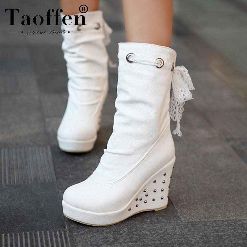 Taoffen kadın takozlar çizmeler perçin Lace Up platformu peluş kürk ayakkabı orta buzağı çizmeler kadınlar sıcak moda ofis bayan ayakkabıları boyutu 34-43