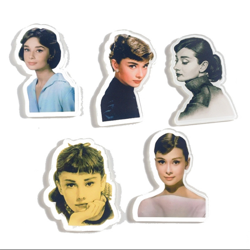 1 PC Cartoon Audrey Hepburn Monroe Acrylic Badges Icons On The Pin Brooch Badges For Clothing Backpack Badge For Clothes Z213