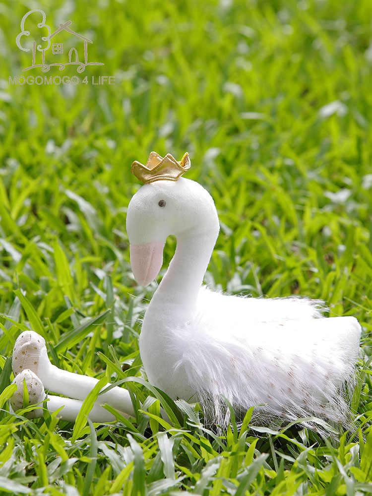 Bianco di lusso Cigno Peluche Giocattoli Animali di Peluche Presente di Nuovo Anno Regalo Di Compleanno Per Le Ragazze di Moda Bambola Decorativa Flamingo Morbido Giocattoli