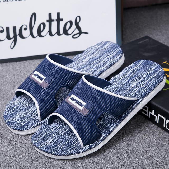 New Mens Slippers Indoor Nice Non-Slip Home Bathroom Slippers For Man Woman Unisex Massage Badslippers Summer Beach Slides Men