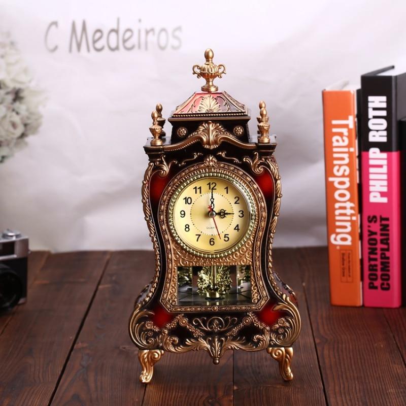 Vintage Desk Alarm Clocks Classical Royalty Living Room TV Cabinet Desk Imperial Furnishing Creative Sit Pendulum Retro Clock WY