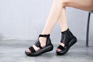 Image 5 - GKTINOO المرأة الصيف الصنادل جلد طبيعي اليدوية السيدات أحذية 2020 الصيف سميكة وحيد النساء الصنادل الرجعية مشبك الأحذية