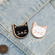 2PCS/Set Cute Kitten Animal Brooch Cartoon Black White Cat Enamel Pins Backpack Clothes Lapel Pin Couple Badges Lovers Jewelry