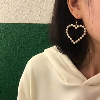 JCYMONG New Korean Simulated Pearls Heart Drop Earrings For Women Gold Silver Color Geometric Hock Earrings 2020 Fashion Jewelry image