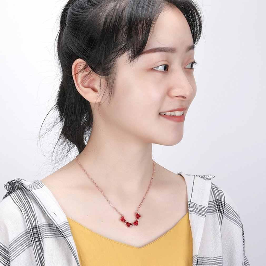 韓国語バージョンの 4 葉のクローバーのネックレス愛分割折りたたみペンダントローズゴールド鎖骨チェーンフルダイヤモンド赤ネックレス