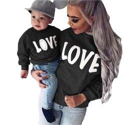 Família nova mãe e filha roupas de inverno manga longa em torno do pescoço carta amor pai-filho camisola combinando roupas de família
