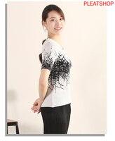 T shirt Women 's Miyake Pleated Branch Printed Crew Neck Simple Tops Summer Body Korean style White Short Sleeved INS tee shirt