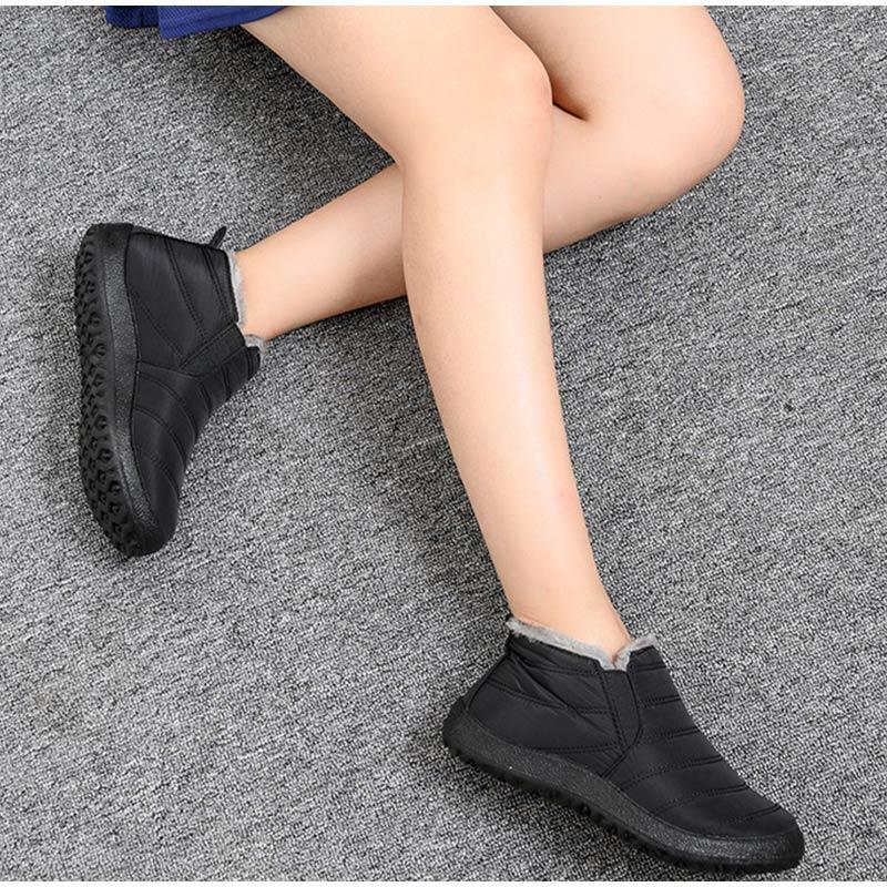 Snow Boots Women Shoes Warm Plush Fur Ankle Boots Winter Female Slip On Flat Casual Shoes Waterproof Ultralight Footwear 24