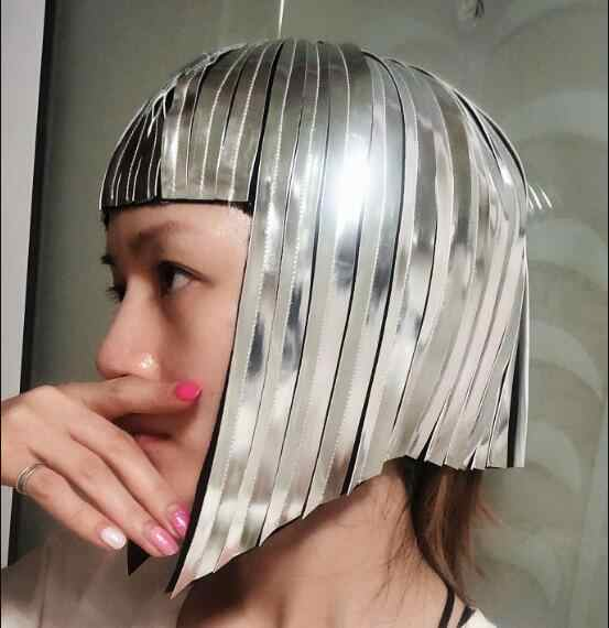 Kosmiczny wojownik włosy Sliver metalowa peruka lekki taniec Sliver włosy kobiety