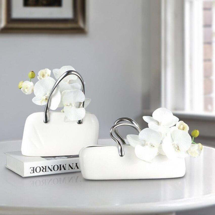 Ev ve Bahçe'ten Heykelcikler ve Minyatürler'de Yaratıcı moda bayan el çantası El Sanatları Seramik Vazo çiçek seti ile kız çocuk çantası Figürler Minyatürleri Düğün Hediyeleri ev dekorasy'da  Grup 1