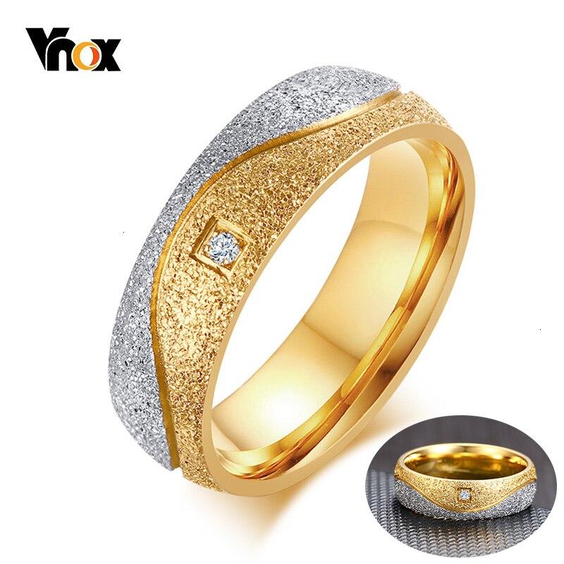 Vnox Frauen Hochzeit Bands Ringe für Männer Gold-Ton Edelstahl Liebe Versprechen Jahrestag Geschenke für Sie Seine