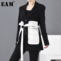 [EAM] Lose Fit Schwarz Kontrast Farbe Große Tasche Verband Jacke Neue Revers Lange Hülse Frauen Mantel Mode Frühjahr 2020 1M50001