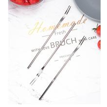 2 sztuk ze stali nierdzewnej stalowe długie uchwyt owoce widelce dwa zęby deser widelec praktyczne ciasto widelce zaopatrzenie firm dla domu Bar bankietowy tanie tanio HAIMAITONG CN (pochodzenie)