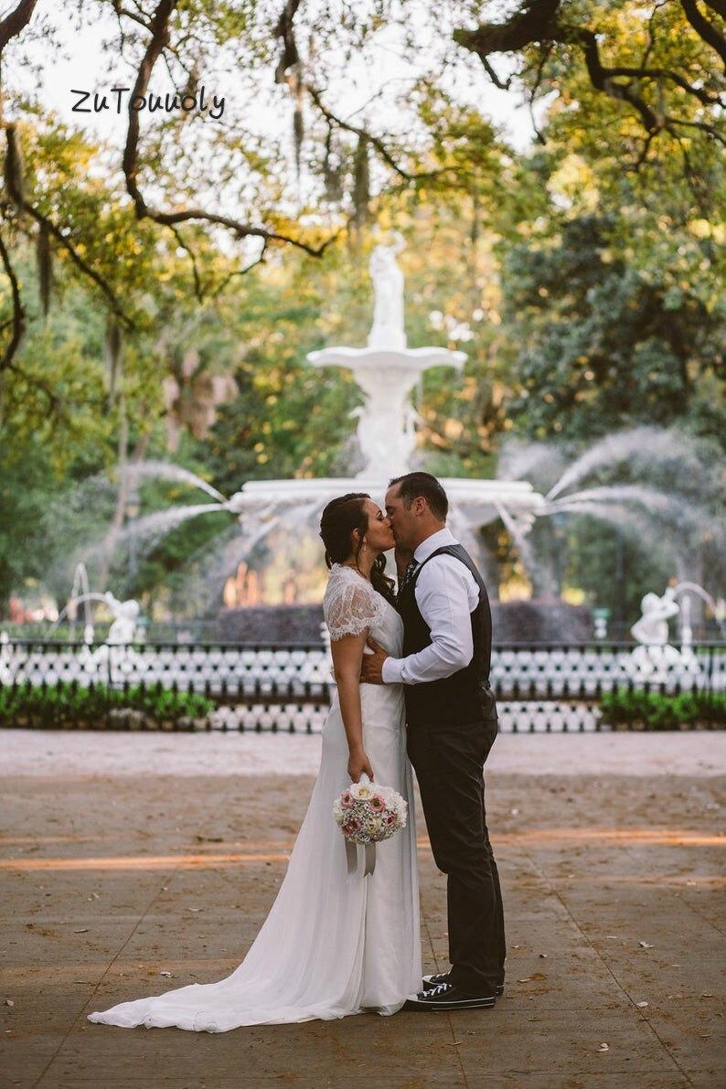 Modest Beach Boho Wedding Dress With Sleeves Plus Size Chiffon Bohemian Wedding Dress With Beaded 2019 Sweep Train Bride Gown