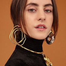 Vintage Gold Color Hollow Circle Spiral Stud Earrings For Women Party Jewelry Fashion Irregular Geometric Statement Earrings vintage hollow out pattern spiral stud earrings
