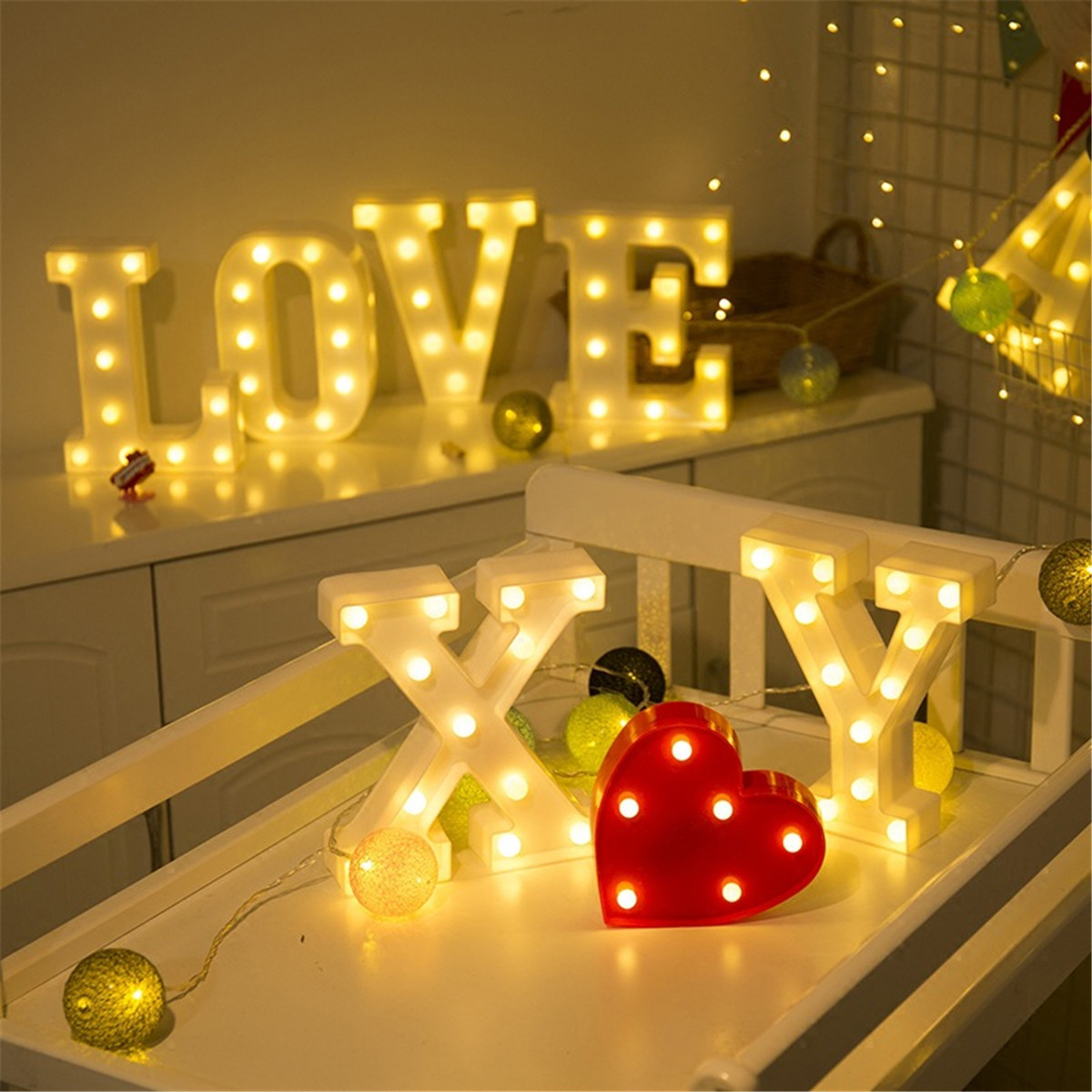 Luminous LED Letter Night Light Creative 26 English Alphabet Number Battery Lamp Romantic Wedding Party Valentine's Day Decor