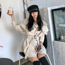 2019 Korean version of the new retro lapel single-breasted straps waist slimming solid color women's wool coat