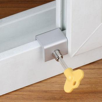1Pc blokada okna zabezpieczenie dla dzieci regulowany aluminiowy ogranicznik okna zabezpieczenie przed dziećmi blokada okna blokada klucza blokada kabla tanie i dobre opinie CN (pochodzenie) Window Lock otwierane w prawo 3x2 45cm Aluminum Alloy Silver 1 18x0 96inch(LxW) Wholesale Dropshiping